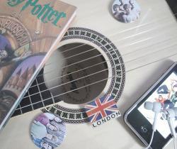 Foto bij 44. Guitar || part 2